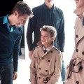 Romeo Beckham para Burberry con Christopher Bailey