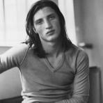 Flashback: Nick Moss, el hermano modelo de Kate
