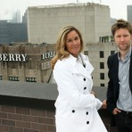 Apple contrata a CEO de Burberry