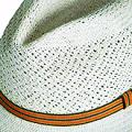 Apitara - Sombreros
