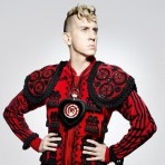FashionNewsExtra: Jeremy Scott, nuevo director creativo de Moschino