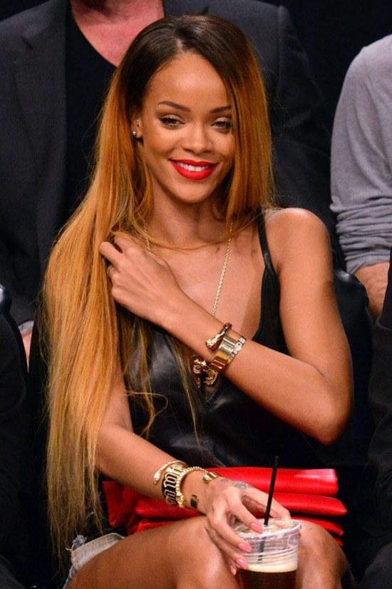 Rihanna curly hair 2018