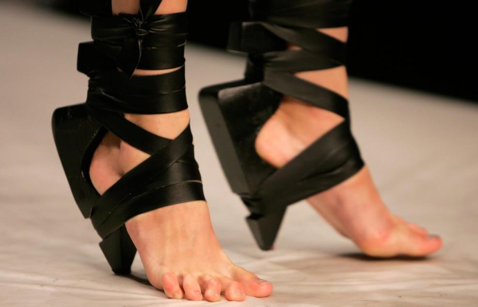 Обувь для детей на каблуке