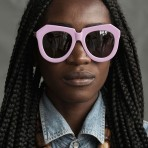 Los Maxi Anteojos de Karen Walker: Una iniciativa a favor de los artesanos de Kenia