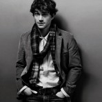 VLC Man: El estilo de Hugh Dancy