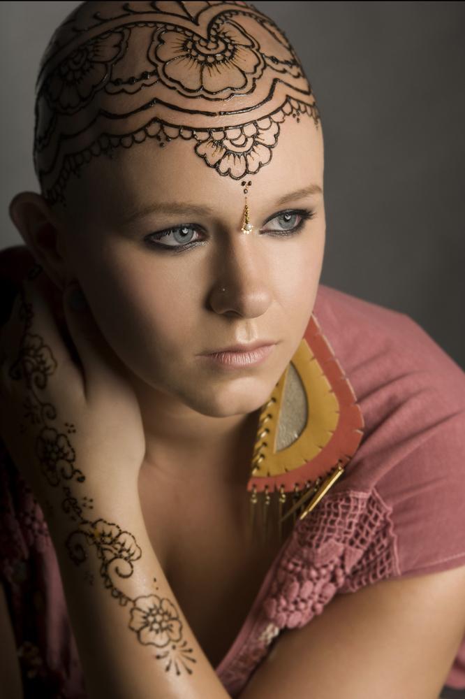 Henna Heals: Una experiencia sanadora para pacientes con cáncer ...