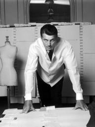La exhibición que homenajea a Hubert de Givenchy en España