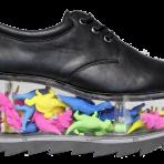 YRU Footwear: Plataformas transparentes para llenar con lo que quieras