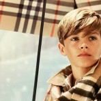 VLC ♥ Burberry Navidad con Romeo Beckham