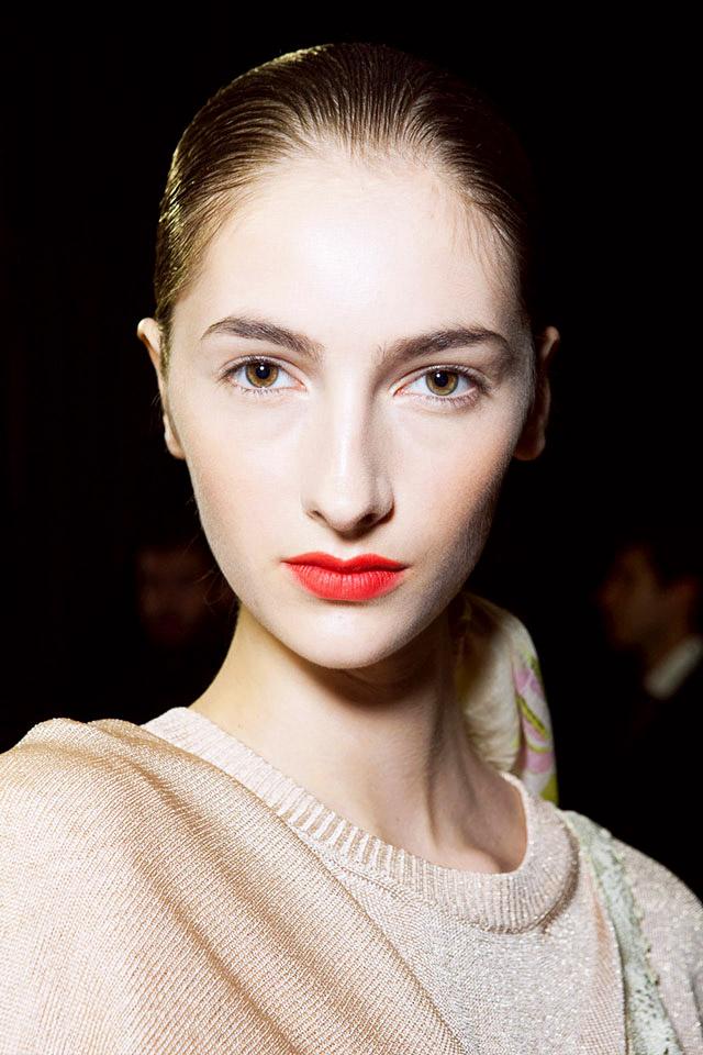 Las principales tendencias de maquillaje 2015 seg n for Labios burdeos