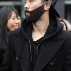Barbas tejidas, una tendencia de invierno que toma fuerza