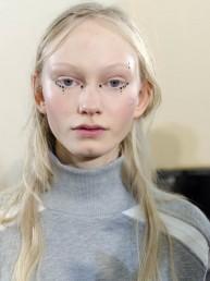 Tatuajes para el rostro: la propuesta más excéntrica de las tendencias Otoño/Invierno 2015