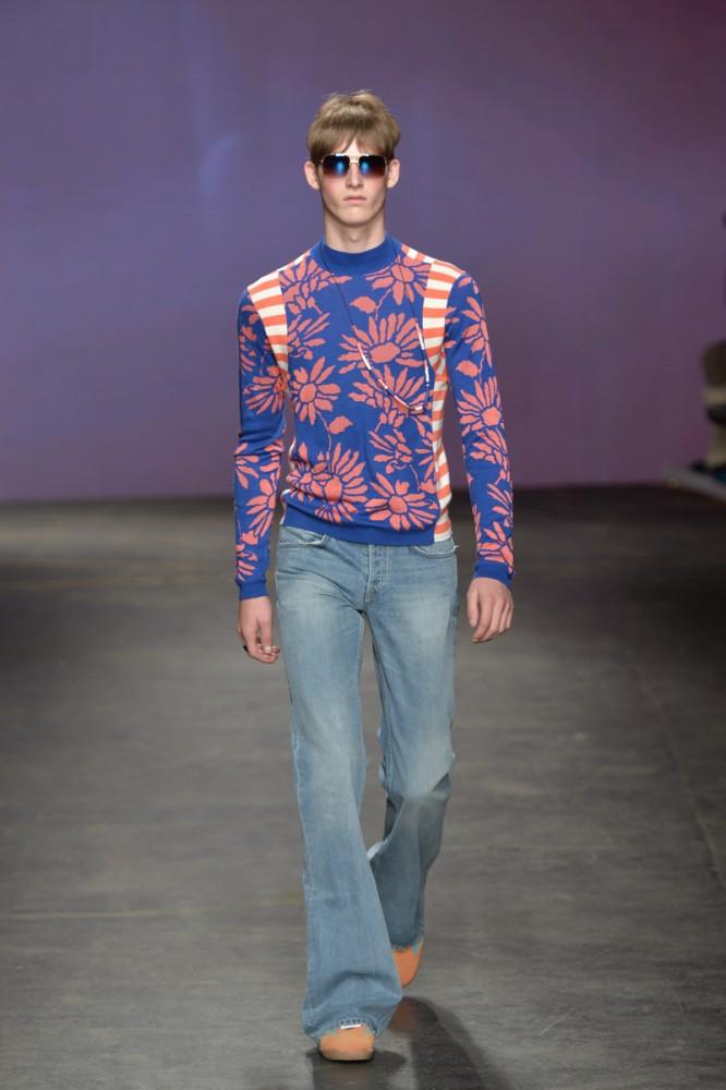Pantalones Acampanados Para Hombre Proxima Tendencia Masculina Viste La Calle