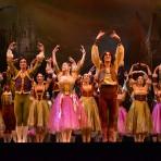 """Ensayo y backstage del ballet """"El Lago de los Cisnes"""", en su estreno 2015, para el Teatro Municipal de Santiago"""