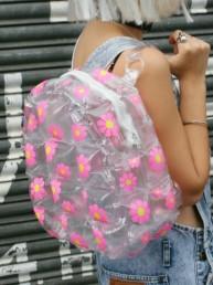 Recordamos a las Bubble Backpacks y les contamos dónde pueden encontrarlas