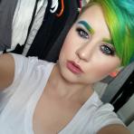 Cejas de colores, la tendencia de maquillaje que se toma Instagram