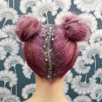 Glitter Roots, la nueva tendencia que trae brillo y escarcha a las raíces de tu cabello