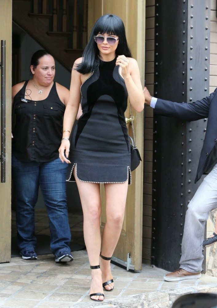 Kylie+Jenner+Dresses+Skirts+Little+Black+Dress+ES5m-_pYoT0x