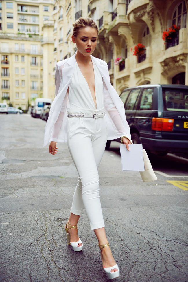 kayture-all-white