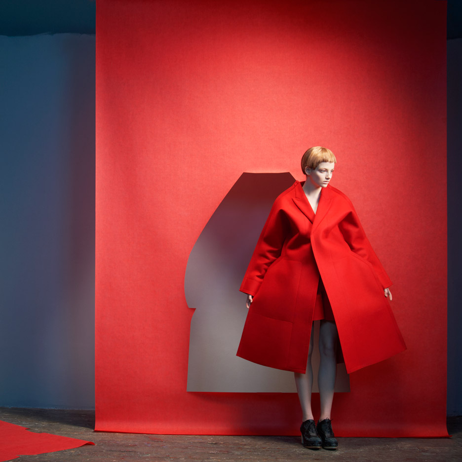 game-changers-reinventing-the-20th-century-silhouette-momu-antwerp_dezeen_936_sq