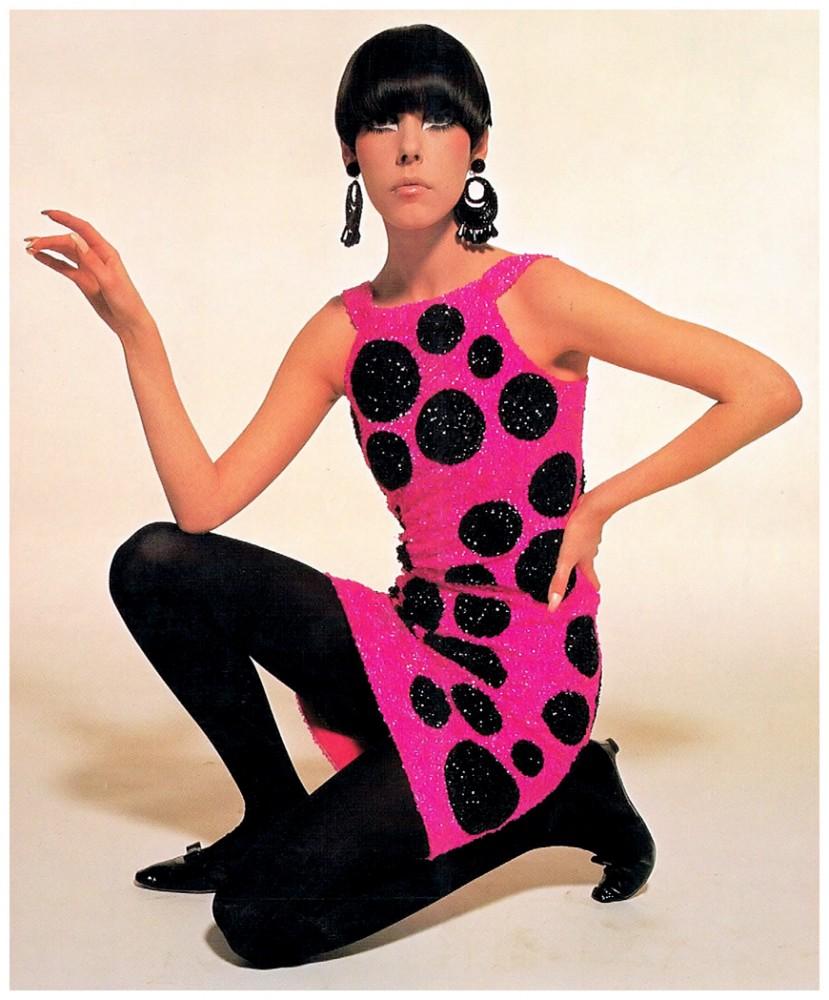 peggy-moffitt-in-pierre-cardin-dress-photo-william-claxton