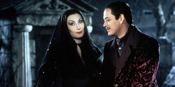 the-addams-family-morticia-gomez