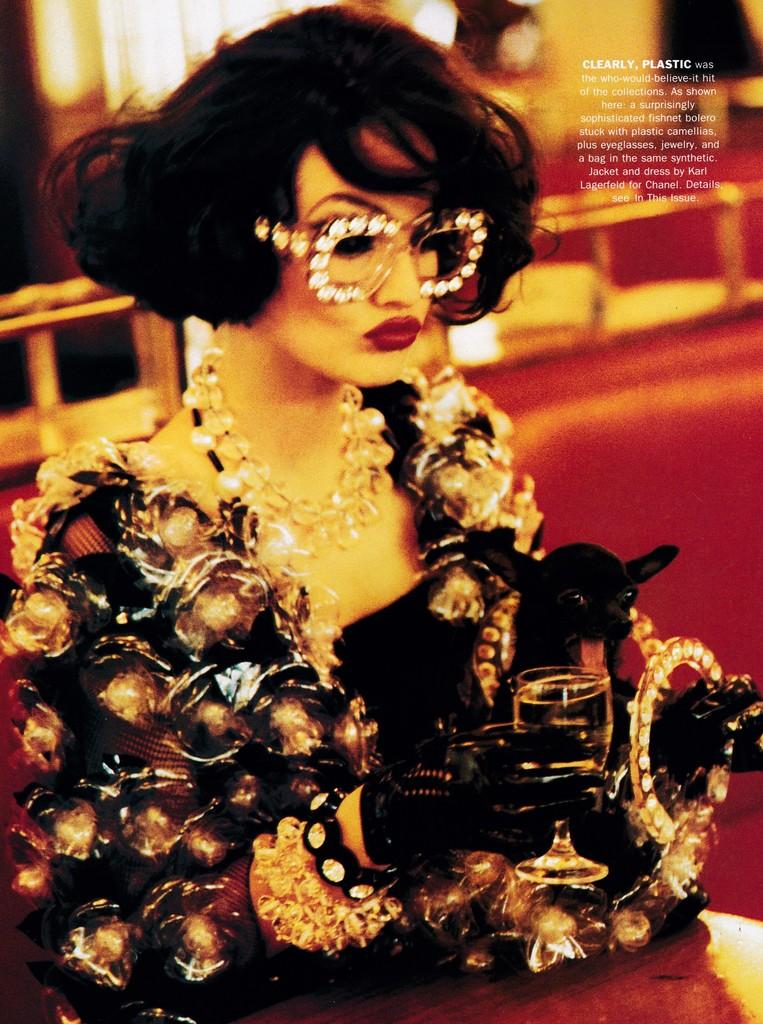 Karen Mulder bajo el estilismo de Grace Coddington, 1991