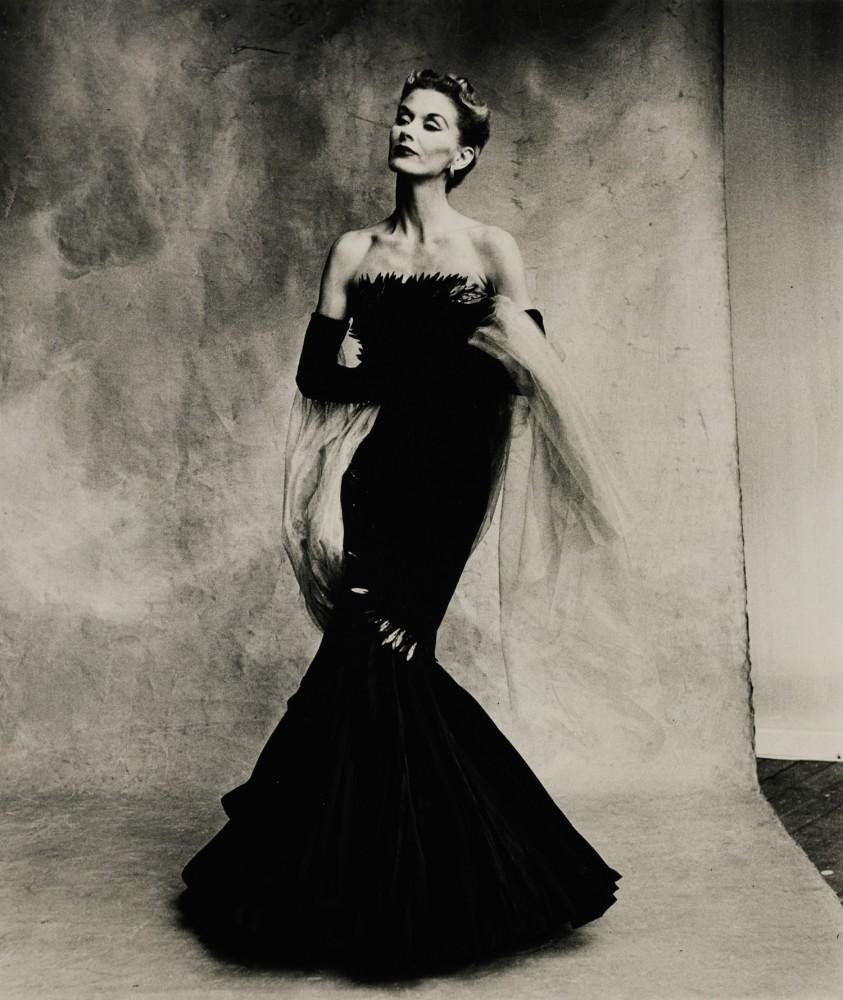 Lot-36-Penn-Rochas-Mermaid-Dress