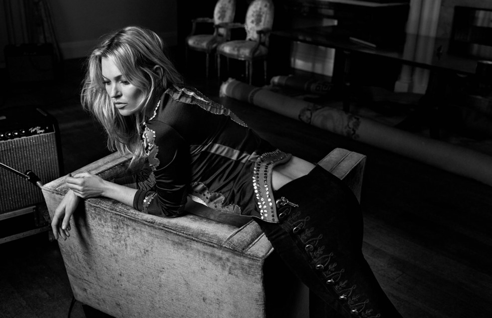 Vogue_UK-May_2016-Kate_Moss-by-Craig_McDean-03