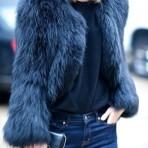5 maneras de llevar tu abrigo peludo este invierno