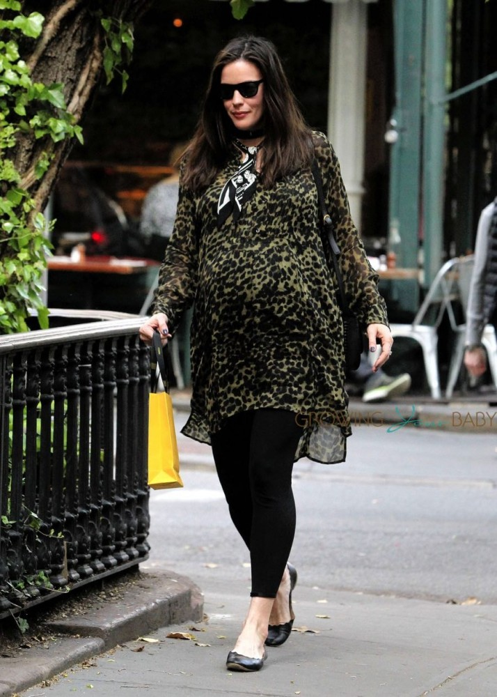 pregnant-Liv-Tyler-out-in-NYC-