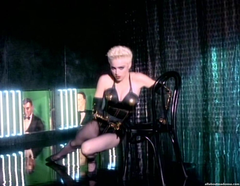 madonna-open-your-heart-video-cap-0012