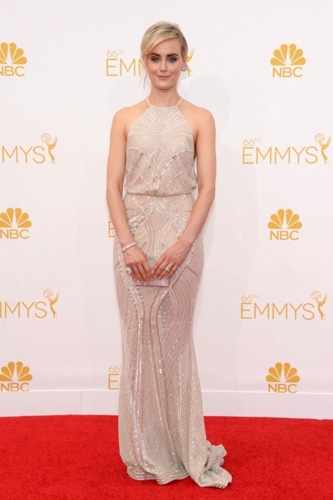 taylor-schilling-2014-primetime-emmy-awards-in-los-angeles_2