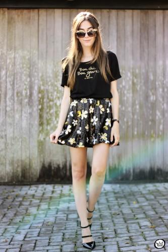 FashionCoolture-12.06.2015-look-du-jour-Le-Motto-black-and-gold-outfit-1 (1)