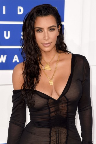 kim-kardashian-mtv-video-music-awards-2016-in-new-york-city-8-28-2016-1