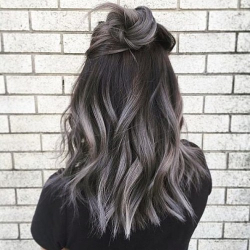 Smokey-Gray-Ombre-Hair-Ideas