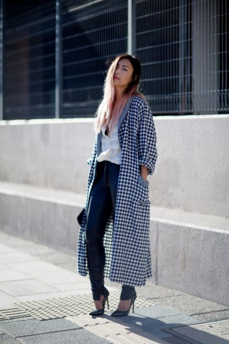 dressing-gown-jacket-leather-pants-pony-clutch-street-style-8-copy