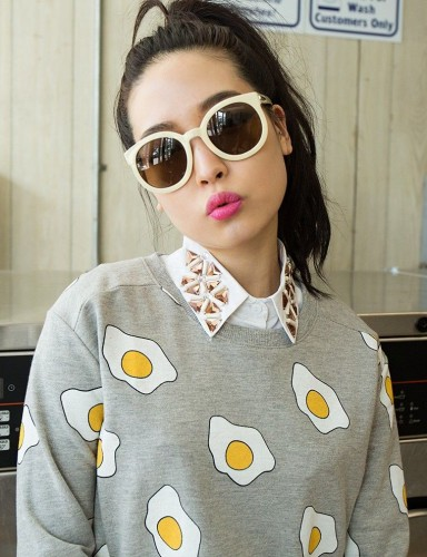 egg-sweatshirt