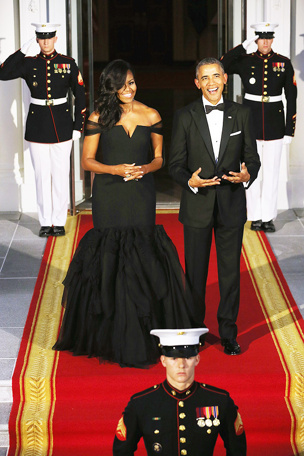 michelle-obama-stuns-gorgeous-vera-wang-dress-ftr