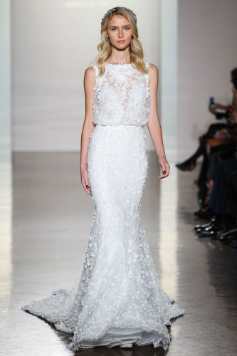 pronovias-runway-new-york-fashion-week-bridal-october-2016-99a8fd28-6e7f-40be-8825-f7db0c854bf0