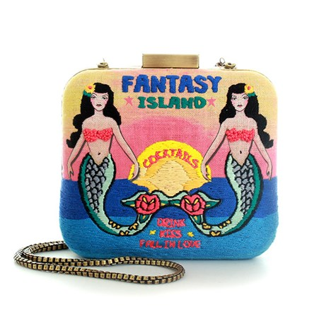 sarahsbag-tiki-temptation-fantasy-island-le-carre-with-chain-front-view