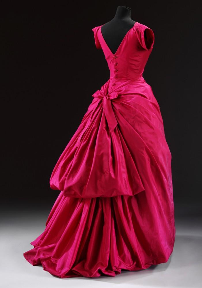 t-427-1967_evening_dress_1000px