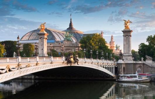 pont-alexandre-iii-grand-palais-630x405-c-thinkstock