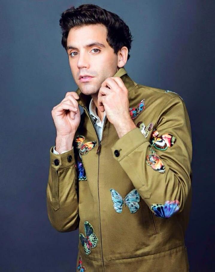 El cantante Mika y la casa Valentino, un romance de estilo