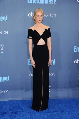 critics_choice_awards_2016_alfombra_roja_celebrities_802596475_800x