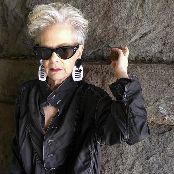 Accidental Icon, la fashion blogger de 63 años que sorprende al mundo