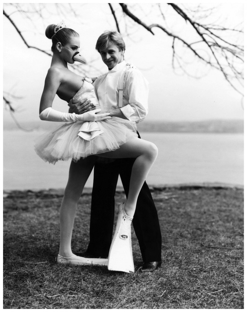 mikhail-baryshnikov-and-a-17-year-olf-uma-thurmna-photographed-by-arthur-elgort-1987