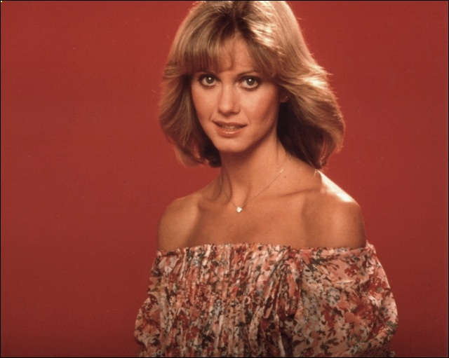 olivia_newton_john_off_the_shoulder_top_JHzfdAw.sized