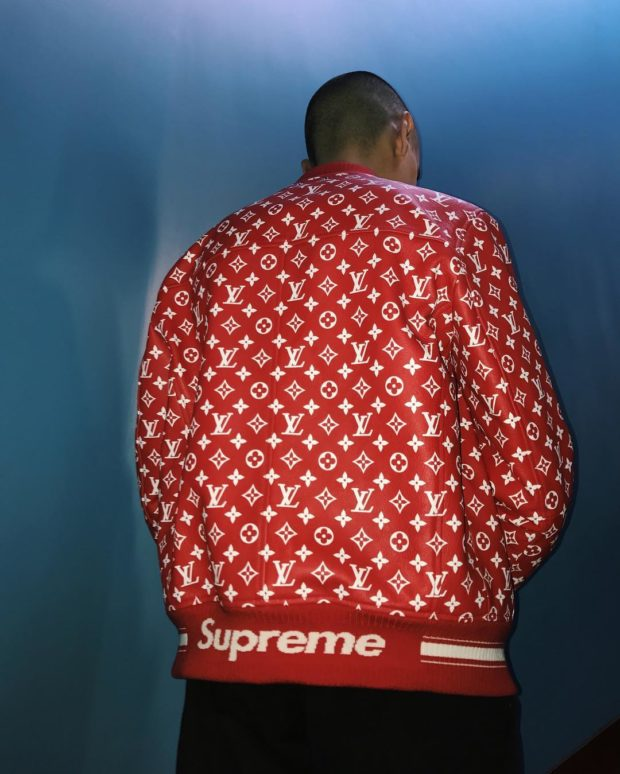 supreme-louis-vuitton-collaboration-fall-2017-teaser-images-03-620x774